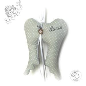 Ailes d'ange,gris pois blanc .Rubans et noeud. Décoration à suspendre, original fait main.