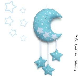Lune  et ses étoiles à suspendre.Tissu bleu turquoise motif étoiles blanches.Original, fait main.