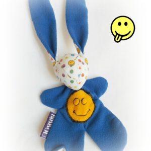 Doudou lapin pour bébé. Motifs smileys. Bleu  .Fait main, Unique et original.