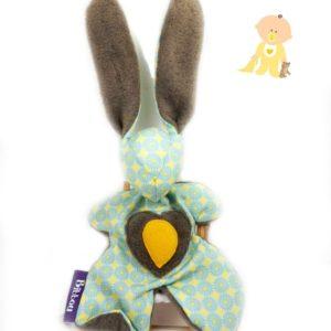 Doudou lapin pour bébé,motif bleu et jaune.Fait main, Unique et original.