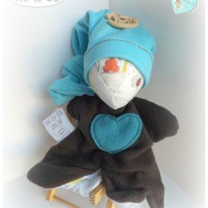 Lapin doudou Moubbi  avec bonnet de lutin bleu,tissu douillet et tendre, adorabe… original, fait main.