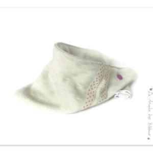 Bandana, tour de cou, enfant. Tissu coton sweat-shirt beige chiné.Surpiqué rubans pois mauve. Original.