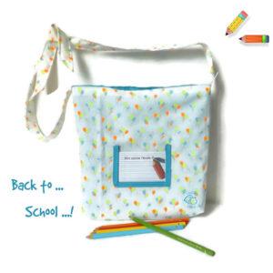 Tote bag, sac fourre tout enfant à bandoulière.Motifs ballons multicolore . Pour la crèche , école…
