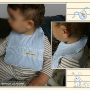 3Bavoirs bébé, grand confort ,tissu coton et éponge nid d'abeille.