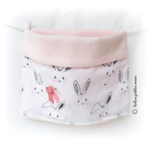 Snood bébé, tour de cou, blanc motif lapin et nœud rose  12/24 mois.original, fait main.