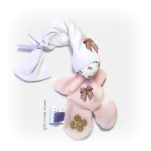 Doudou lapin  lutin pour bébé. Blanc et rose .Papillon au crochet .Fait main, Unique et original.