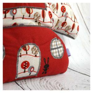 Coussin champignon multicolore en tissus coton rouge
