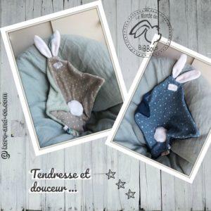 Duo de doudou  oreilles de lapin, tissu double gaze de coton doublé Teddy doux et moelleux .RÉSERVÉ