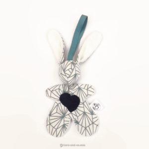 """Lapin de décoration""""Minibbou"""" bleu et blanc."""