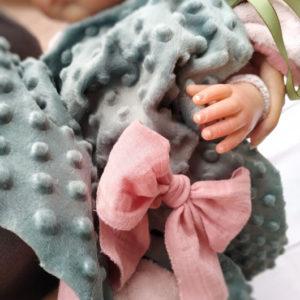 Doudou  lapin plat , tissu double gaze rose doublé velours très doux vert de gris.