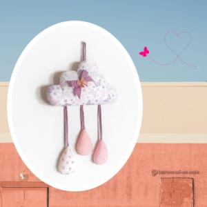 Décoration chambre d'enfant nuage papillon .Fait main . Made in France