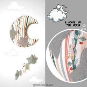 Lune et ses étoiles à suspendre , décoration en tissu  pour bébé .Motifs rayures et souris.
