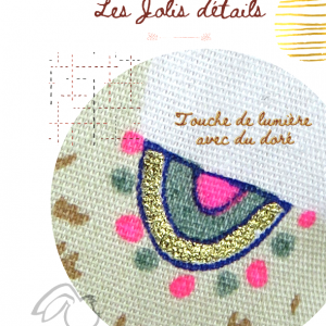 Lune à suspendre en tissu avec bonnet de nuit, motifs lama. Original fait mains en France.
