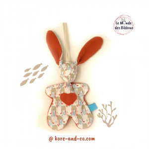 """Lapin de décoration""""Minibbou"""" motif pieuvre orange. Original, fait main."""